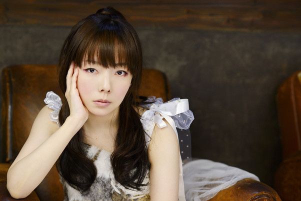 aiko最新アルバム『泡のような愛だった』の魅力を全曲レビュー付きで徹底解剖!