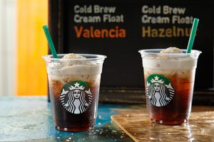 スタバから初となるコールドブリュー コーヒーが登場!エアリーな口あたりと優しい甘さの2種が本日から発売