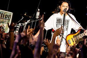 【ライヴレポ】AKi、東名阪サーキットツアー最終日は熱狂の夜に!「みんなとの絆がより強まったんじゃないかと思うツアーでした」