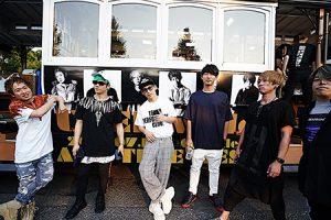 UVERworld 、9年ぶりのベストアルバムがオリコンデイリー2位獲得!渋谷の街中を周遊し騒然となったLINE LIVEは約23万人が視聴!!
