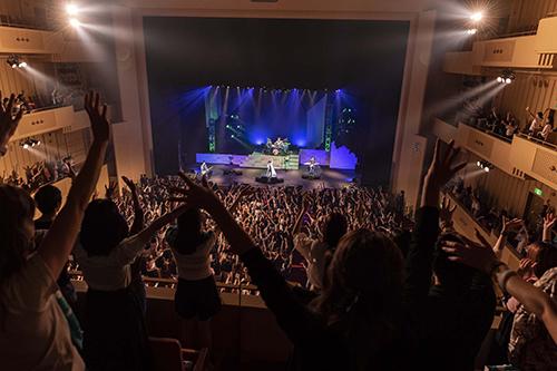 """【ライヴレポ】シド、『SID TOUR 2019 -承認欲求-』スタート!マオ「""""まだ人の心を動かせる歌が歌えるんだ""""と思ったとき、俺の承認欲求が満たされました」"""