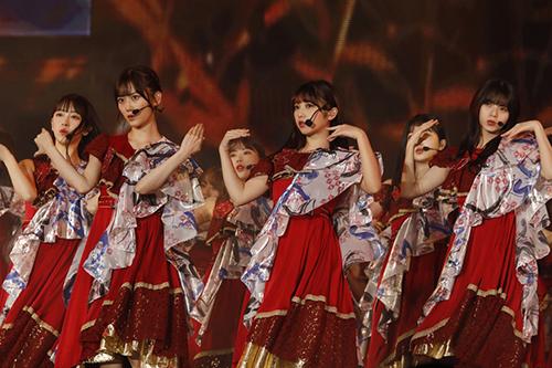 乃木坂46、2年連続の台湾単独公演で魅せたグループの成長!秋元真夏「またこの同じ場所で必ず会えるように私たちも頑張ります!」