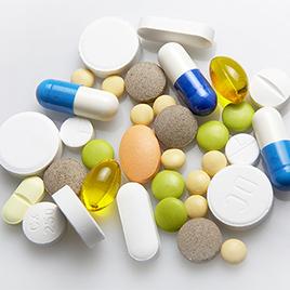 授乳中は万が一の際の投薬が限られる