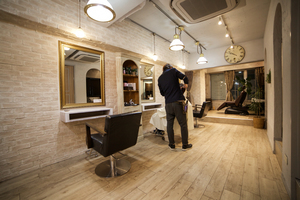美容室relageの店舗画像0