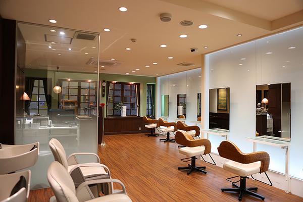 Hair Make NEWYORK(ヘアメイクニューヨーク)の店舗画像2
