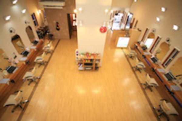 美容室PUNIM龍舞店の店舗画像0