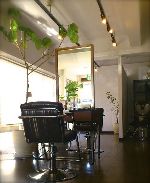 HAIR DESIGN JONAFAの店舗画像2