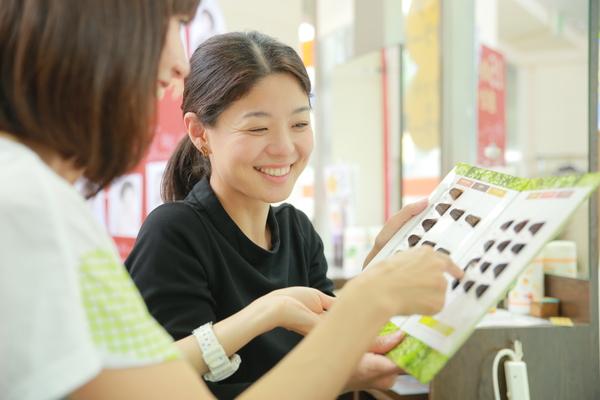 カットルームカラープラス伊勢佐木町店の店舗画像8