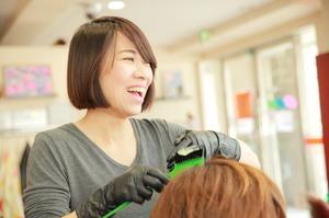 カットルームカラー高崎神戸町店の店舗画像8