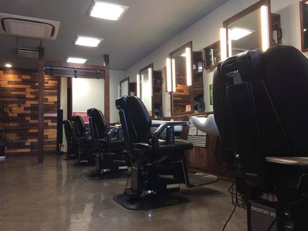 メンズクラブMASA寺田町店の店舗画像3