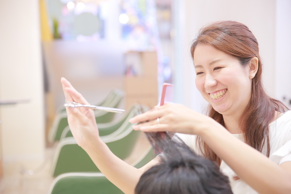 カットルームカラー池田店の店舗画像9