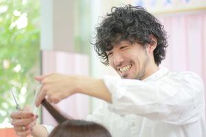 カットルームカラー行田2号店の店舗画像2