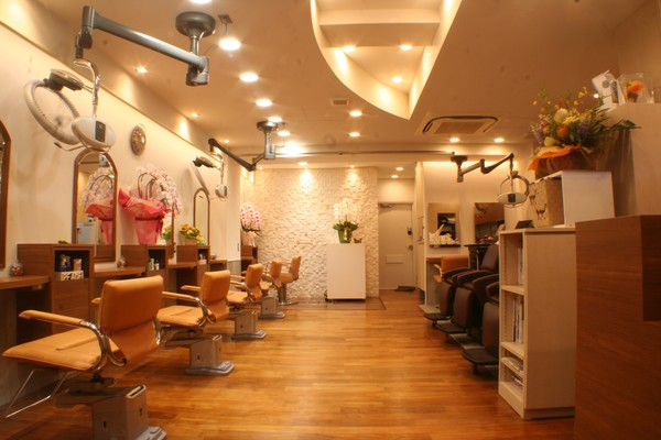 アルゴー美容室 生田店の店舗画像1