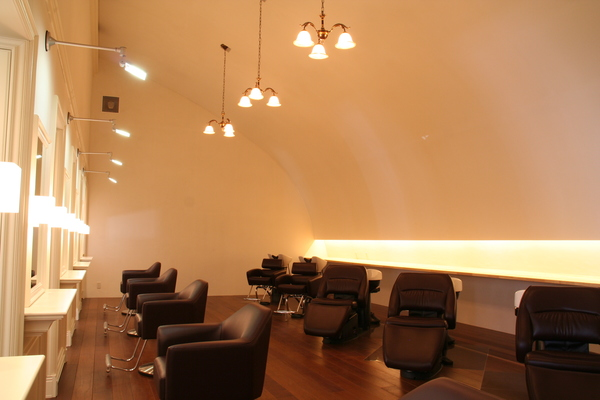 beauty salon AMORの店舗画像0