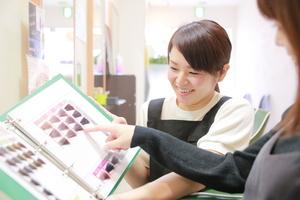 カットルームカラー新田店の店舗画像8