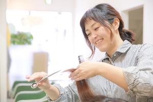 カットルームカラー新田店の店舗画像7