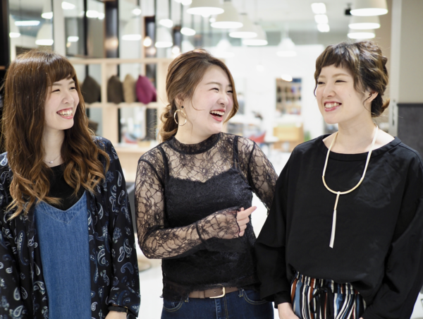 俱楽部HAIR'S 桂坂店の店舗画像0