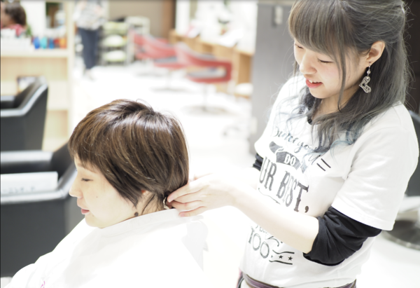 俱楽部HAIR'S 醍醐本店の店舗画像4