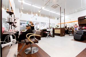 ヘアサロンシーズンコーナン川崎小田栄店の店舗画像1