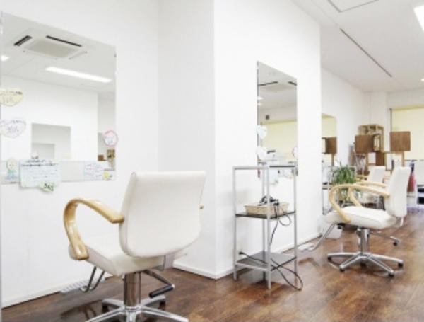 美容室Re:Style15+交野店の店舗画像4