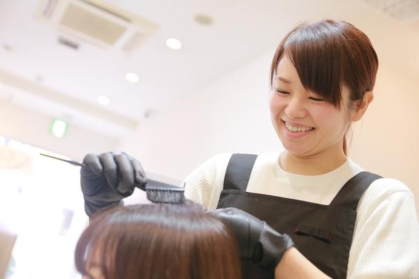 カットルームカラープラス武蔵野台店の店舗画像0