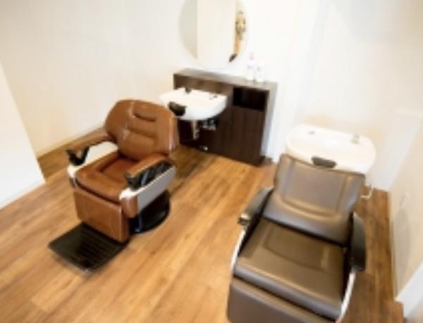 Beauty&barberSAWASの店舗画像1