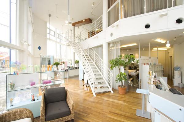 AZURA 鏡島の店舗画像0