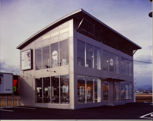 BLANCO G-westの店舗画像0