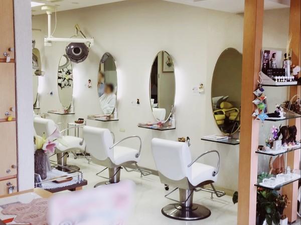 さゆり美容室の店舗画像0