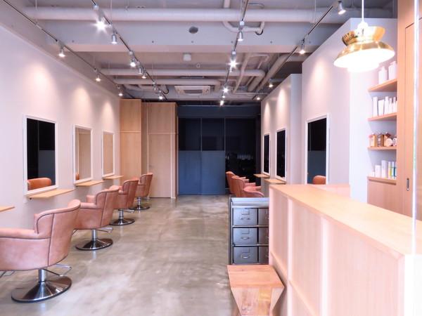 トリート ヘアデザイン 妙典店の店舗画像3