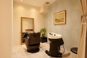 美容室CANNON 目白本店の店舗画像1