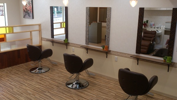 Natural RISE Hairの店舗画像1