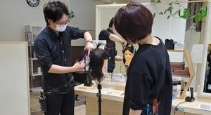 美容室イチゴ狛江店の店舗画像1
