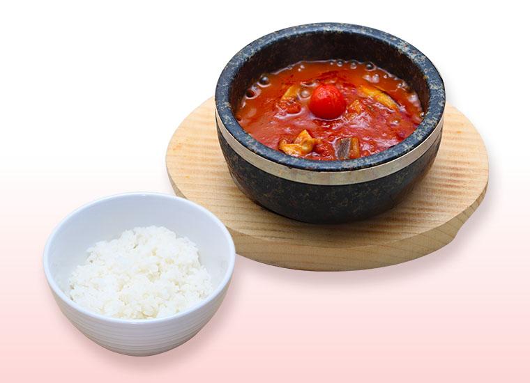 赤血球の石焼煮込トマトハンバーグ