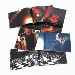 GLAY LIVE TOUR 2010-2011 ROCK AROUND THE WORLD オフィシャル写真集(LIVE CD付)