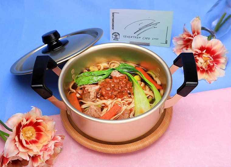 【JUN】牛肉麺