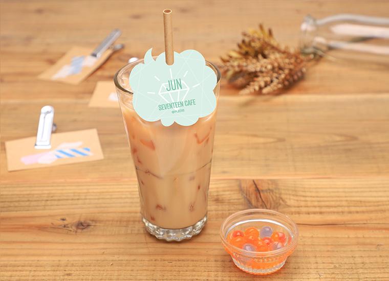 【JUN】アイスミルクティー