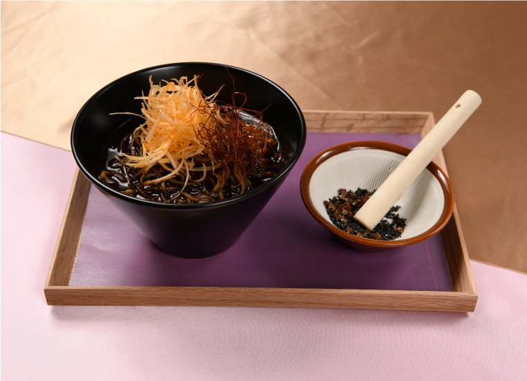 薬研藤四郎の黒ごま坦々麺