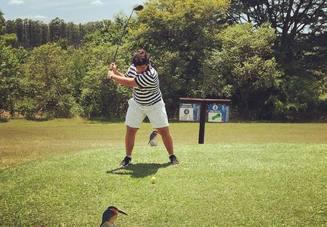 厳禁!ゴルフのスイン