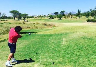 ゴルフの素振り用クラ