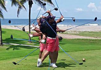 ゴルフに短パンはご法