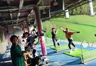 ゴルフ好きの大学生が