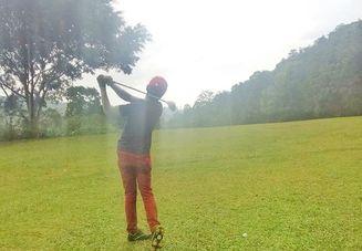 ゴルフのスイングで変