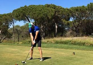 ゴルフのスイング時に