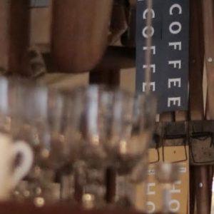 香り高い淹れたて珈琲を味わえる隠れ家カフェ〈WIFE&HUSBAND〉。〜カフェノハナシ in KYOTO vol.1〜