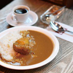 カレー&ハヤシライスが名物!古き良き喫茶ひしめく本郷エリアのおすすめ名店喫茶2軒