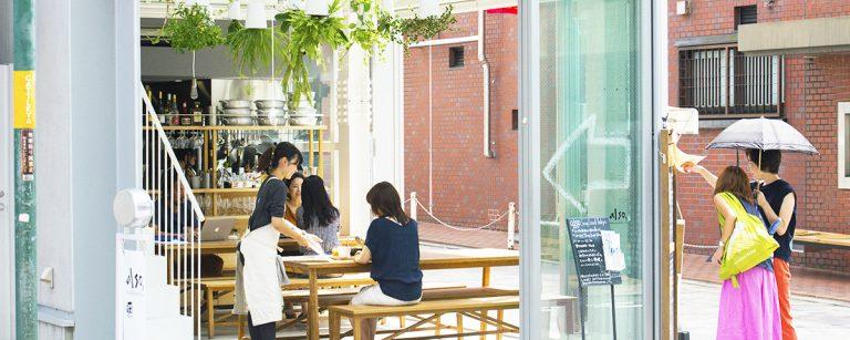 日当たり抜群!テラスで美味しいランチが自慢。東京都内のおしゃれカフェ3軒