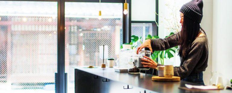 カフェ巡りがもっと楽しくなる!京都で絶対ハズせない人気珈琲カフェとは?