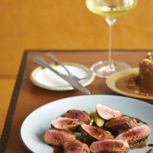 昼飲み党、必見!コスパ重視で美味しい料理とお酒を楽しめるおしゃれ店。