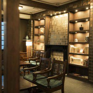 【長野・松本】おすすめ宿〈松本ホテル花月〉で、泊まりながら民藝に触れる旅。